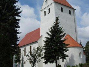 In mehreren Bauabschnitten wurde entsprechend dem historischen Vorbild und der denkmalpflegerischen Zielsetzung die Fassaden und Mauerwerkssanierung in meisterlicher Handwerksarbeit ausgeführt.