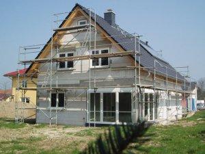 Individuell geplantes Eigenheim als Rohbau fach-, qualitätsgerecht und günstig errichtet.